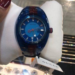 Gucci mend watch